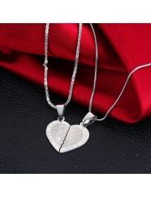 Colar Premium - Eu te amo - Casal apaixonado - Corações - Prata