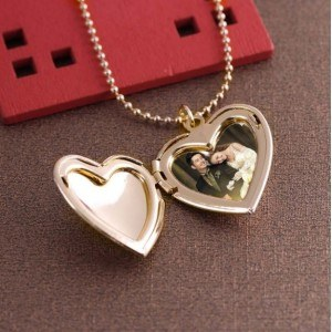 Colar - medalhão de coração para foto - ouro