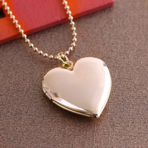 Necklace - Locket Heart for Picture Gold